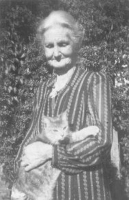 Mary Alice Whittington and a cat