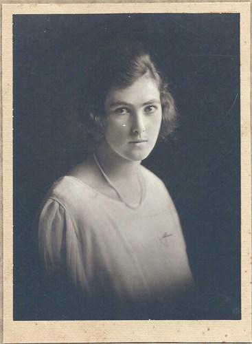 Dorothy May Waddell (1902-1998)