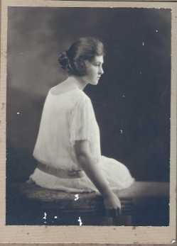 Dorothy May Waddell v2 (1902-1998)