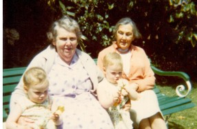 WADDELL Amy Pat and Dorrie with Linda and Wendy Hapgood about 1980